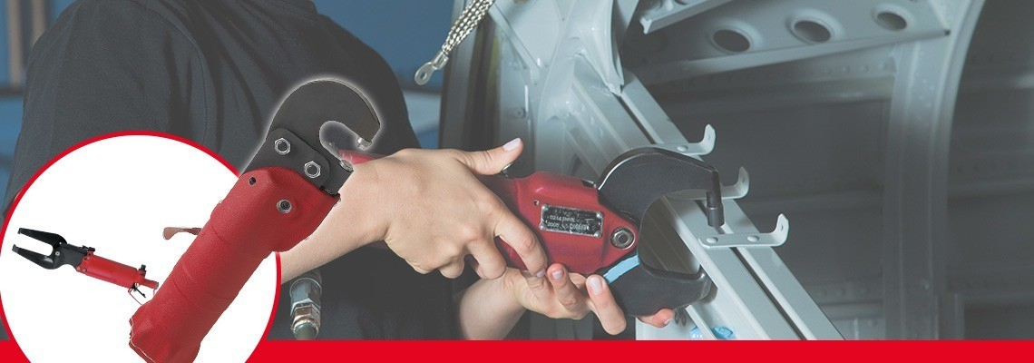Desoutter hat ein komplettes Sortiment an pneumatischen Druckvorrichtungen für die Luft- und Raumfahrt sowie dem Automobilbereich entwickelt. Lassen Sie sich ein Angebot erstellen oder fragen Sie nach einer Vorführung!